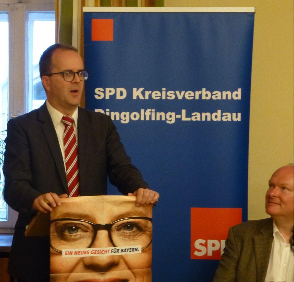 Markus Rinderspacher MdL fordert den 100. Jahrestag des Freistaates Bayern am 8. November zum Feiertag zu machen.
